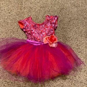 Toddler Size 3- 5 Dress-Up/Costume outfits